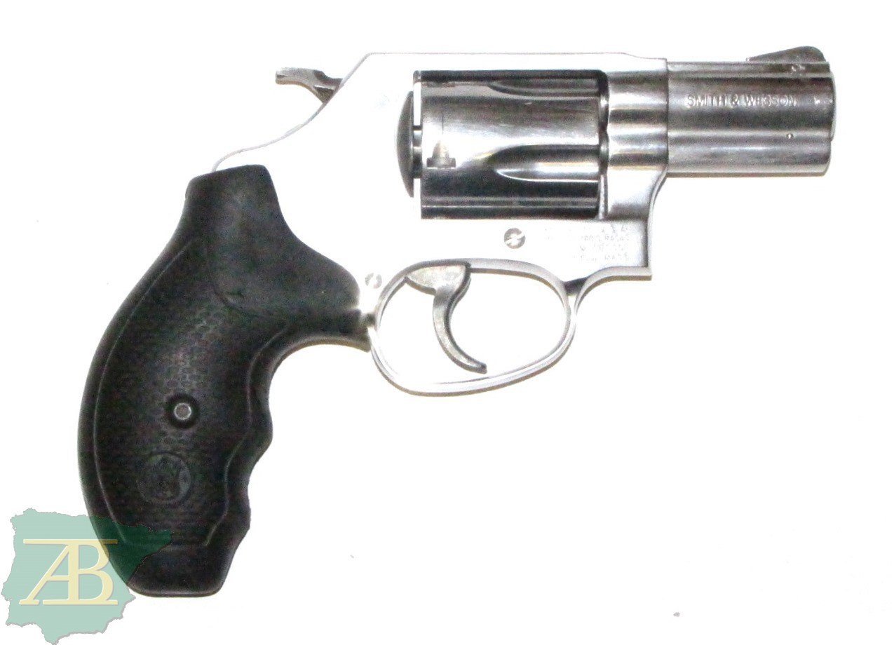 REVÓLVER SMITH & WESSON .357 MAGNUM Ref. 4563